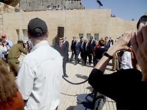 Yad Vashem Jom HaShoa 28.4.2014 Shimon Peres and Netanyhu